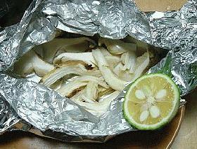 お手軽でおいしい☆松茸のホイル焼き
