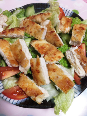 ダイエット中胸肉でチキンサラダ