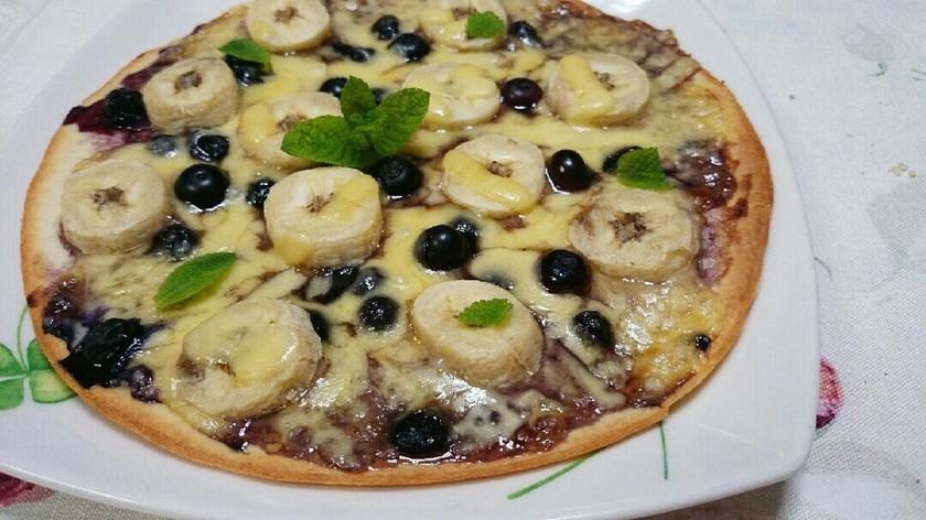 ブルーベリーとバナナの簡単フルーツピザ☆