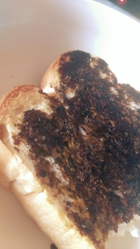 わさびと海苔の佃煮トースト