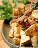 豆腐と豚肉のピリ辛大葉炒め