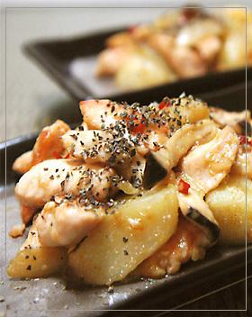 鶏胸肉とじゃがいものにんにく炒め