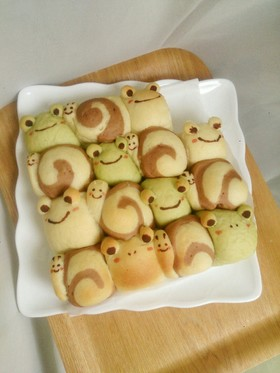 ちぎりパン(かたつむり かえるver.)