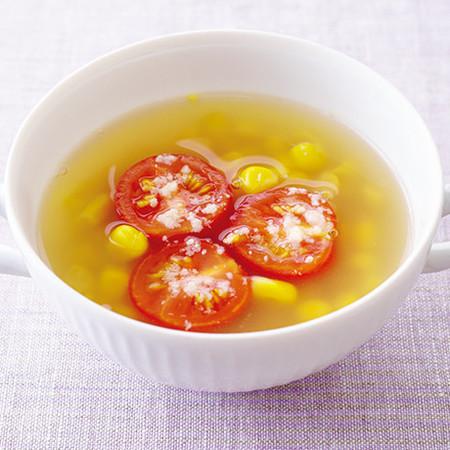 とうもろこしとトマトのスープ