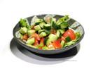 トマトとキュウリのシンプルサラダ