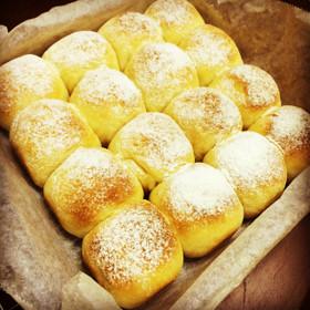 簡単手捏ね*はちみつミルクちぎりパン*