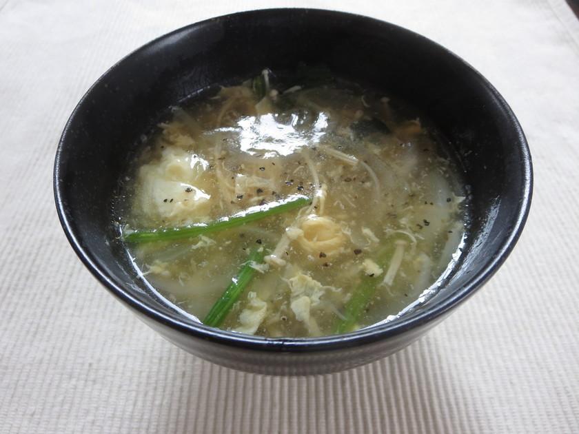 ほうれん草と乾燥エノキの中華スープ