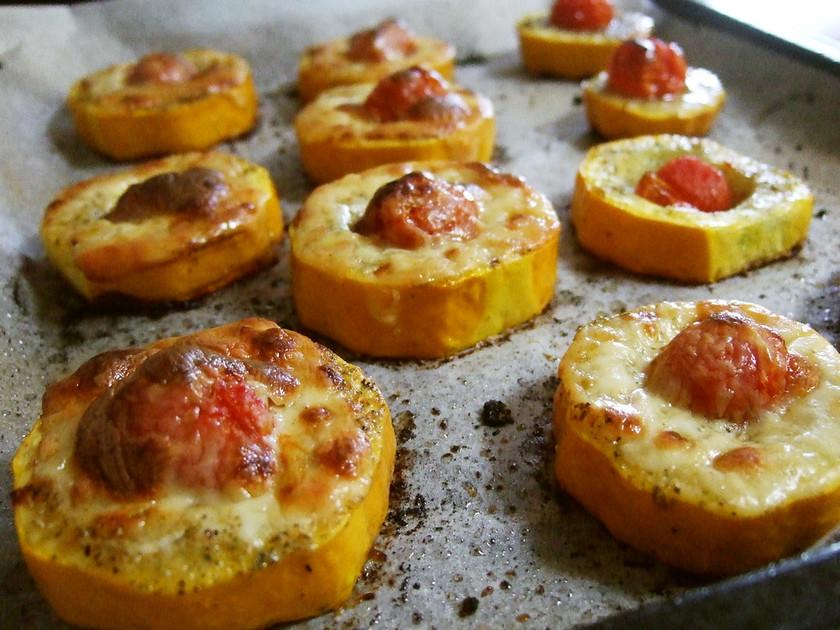 超簡単すぎ♡ズッキーニのチーズとまと焼き