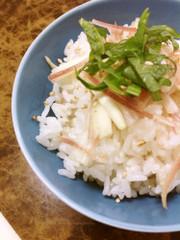梅と新生姜の炊き込みご飯の写真