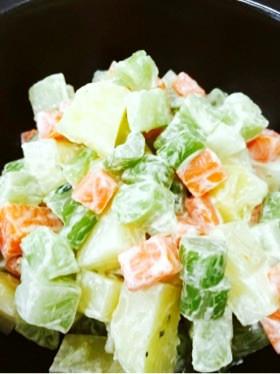 ブロッコリー茎活用☆三色コロコロサラダ♪