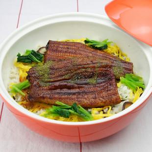 うなぎの蒸し寿司