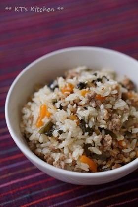 炒めて炊くだけ~高菜と挽肉の炊き込みご飯