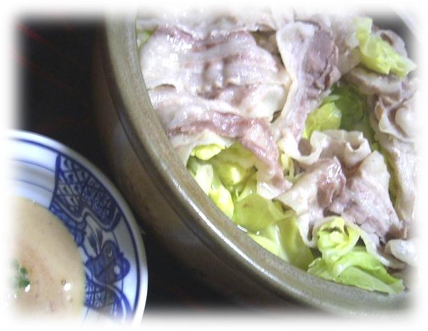 超簡単!豚バラ肉とキャベツ鍋