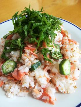 お弁当ランチ簡単☆鮭 オクラ 梅干しご飯