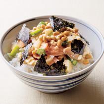 鮭と納豆のねばねば丼