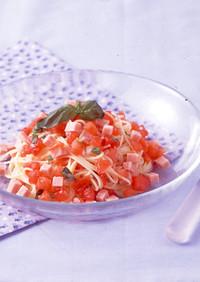 トマトとソーセージとのさっぱり冷製パスタ
