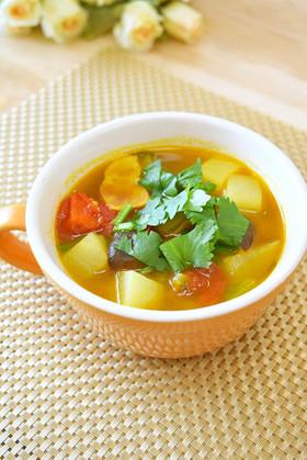 カレー風味♡きのことかぶの食べるスープ♪