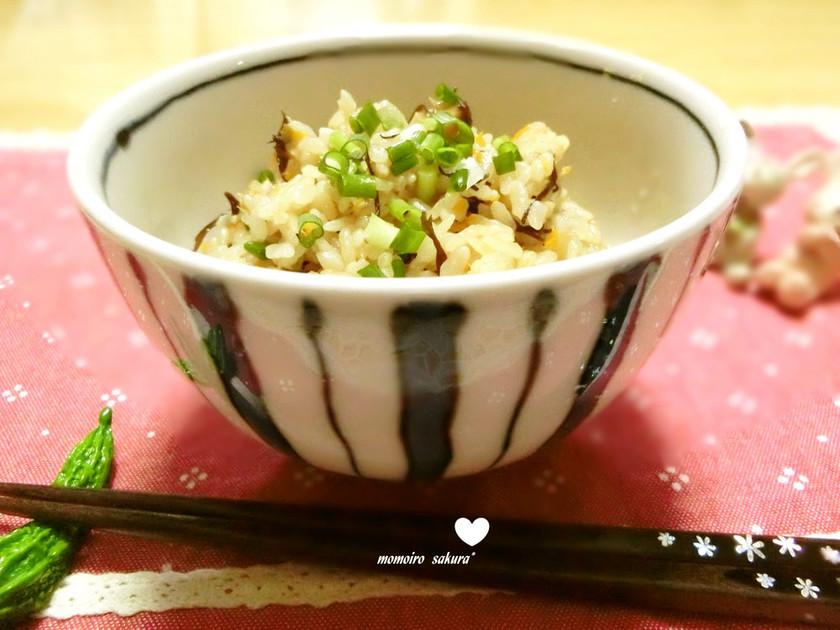 ☆簡単沖縄の炊き込みご飯(ジュウシー)☆
