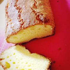 しっとりストロベリーなパウンドケーキ