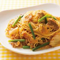 キムチとにんにくの茎のスパゲッティ