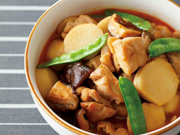 鶏肉と里いもの辛みいため煮