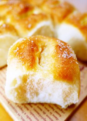 ☆バターを包まない塩パン!塩ちぎりパン☆
