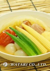 彩り野菜と厚切りベーコンのポトフ