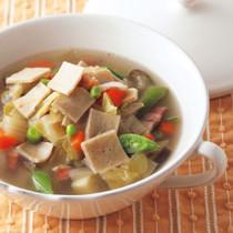 ガレット入り野菜スープ