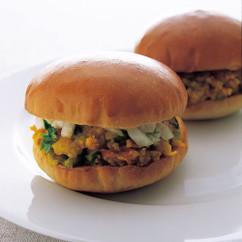 Premのパヴバジ(カレーハンバーガー)