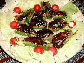 ピーマンの肉詰めデミグラスソース