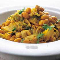 大豆とキャベツのサブジ