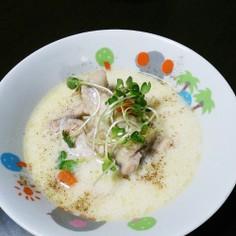 生姜と手羽元のぽかぽか豆乳スープ