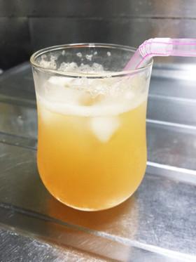 メロンの果汁で!メロンサイダー☆