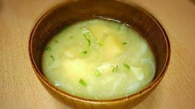 キャベツの甘味たっぷり味噌汁♬(•ө•)
