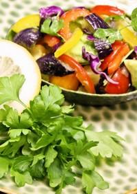 簡単♪アボカドと夏野菜のエスニック和え
