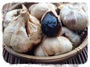 【炊飯器で】自家製熟成黒ニンニクの作り方の写真