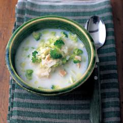 ごはん入りブロッコリーのスープ