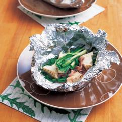 にらと豆腐の塩辛入りホイル蒸し