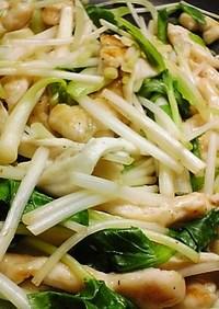 鶏ささみと香り野菜の、春らしい炒めもの