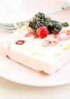 牛乳パックでふりふり♪ベリーアイスケーキ