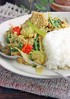 タイ風シーチキンと卵のカレー炒め