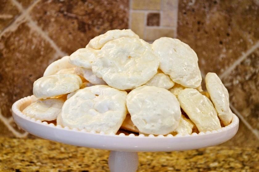 【裏ワザ】材料2つ2分でメレンゲクッキー
