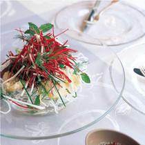ベトナム風サラダ
