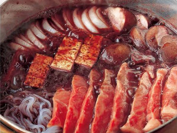 牛肉のワイン鍋
