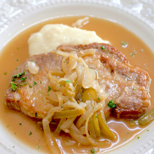 豚ロース肉のシャルキティエール