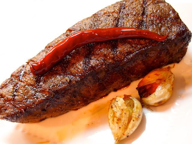 美味い肉は塊で豪快に!飛騨牛イチボグリル
