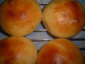 お好み焼き粉でフワフワ味付きパン