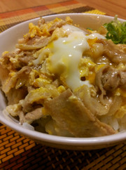 【甘辛】ランチに♡豚と卵の他人丼の写真