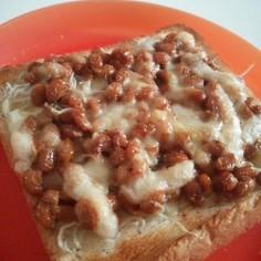 マヨが決め手♡納豆しらすトースト