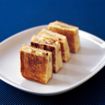 グリルドゴーダ&スイスチーズ サンドイッチ
